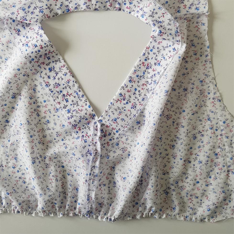 huitième étape pour coudre la blouse Valeria